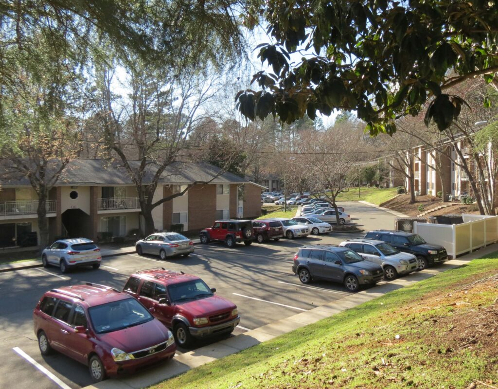 apartments in chapel hill parking