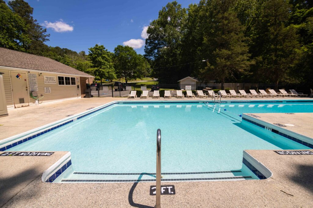 apartments in chapel hill pool